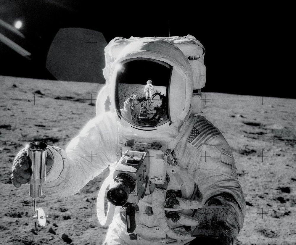 Apollo-12-astronaut-Alan-Bean.jpg
