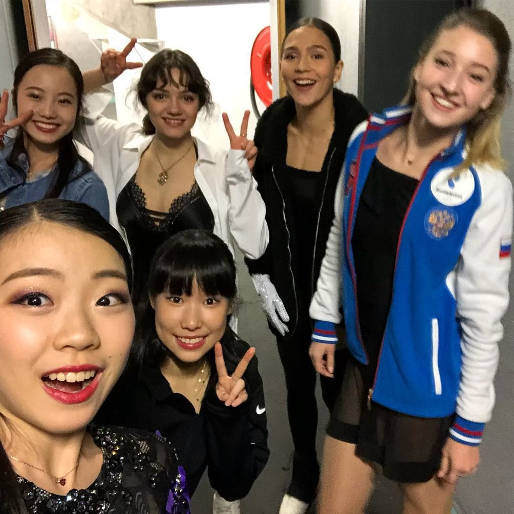 Rika Kihira with other Ladies backstage at the Internationaux de France gala (Photo Credit:    Rika Kihira   )