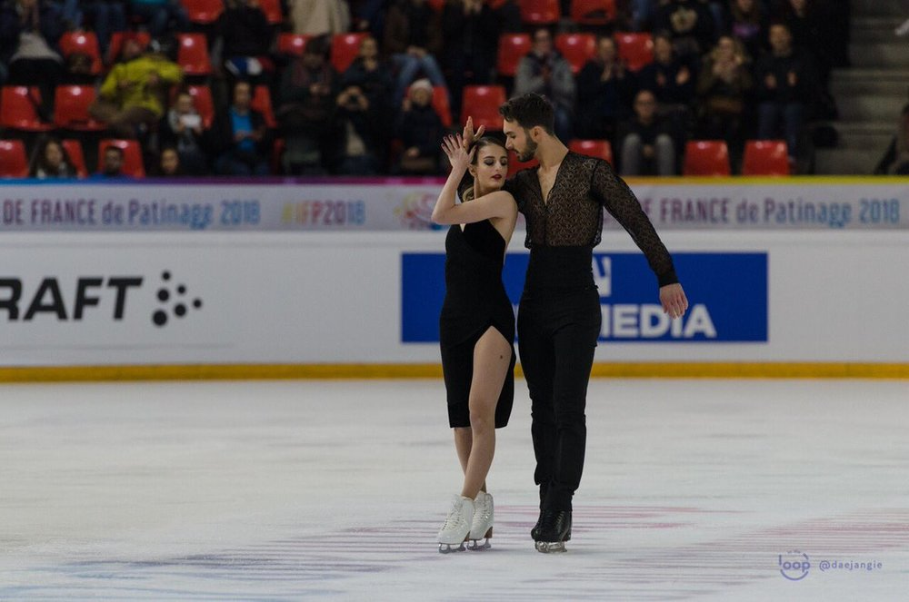Gabriella Papadakis/Guillaume Cizeron perform their Rhythm Dance at Internationaux de France (Photo Credit:    Clara   )