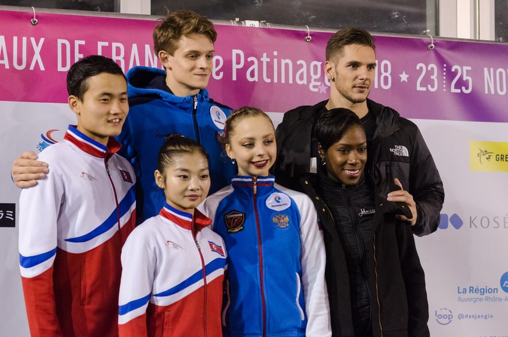 Leaders after the Pairs SP at Internationaux de France   (Photo Credit:    Clara   )