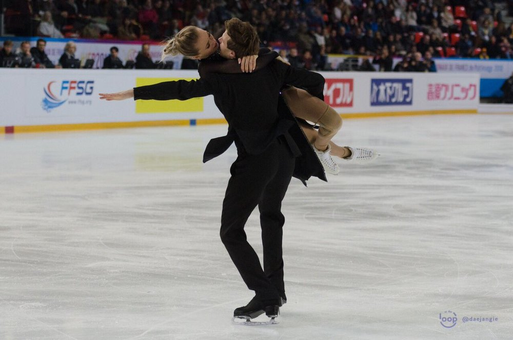Victoria Sinitsina/Nikita Katsalapov (RUS) in action (Photo credit:    Clara   )
