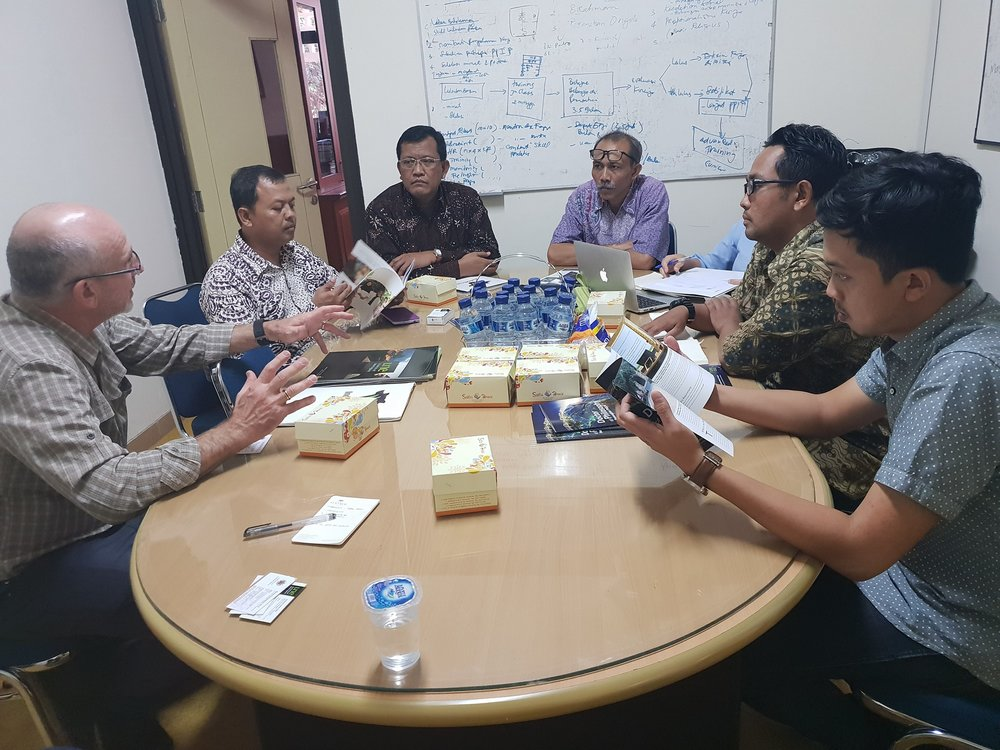 Dr Philip Thomas, University of New England PhD.I program coordinator meets the Dean of Faculty of Animal Sciences of Gajah Mada University (UGM) Prof. Dr. Ali Agus, DAA., DEA and other UGM representatives at the Dean's Office, UGM Yogyakarta.