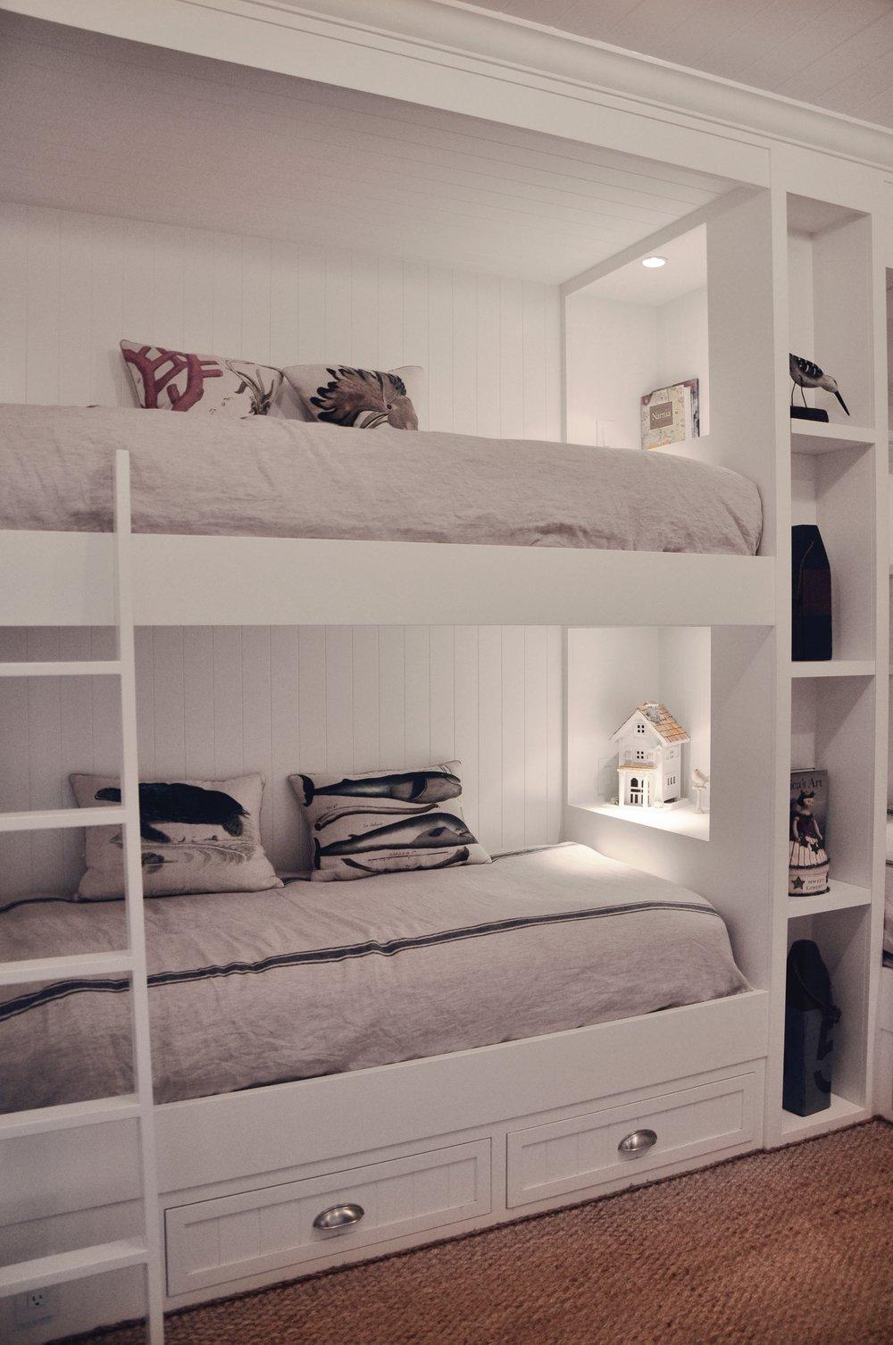 Bunk Bed B - 01.jpg