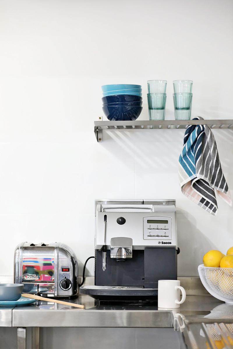 Spinners_Kitchen_coffee_machine_opt.jpg