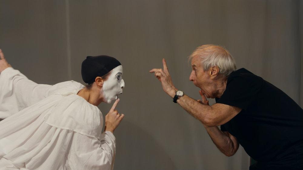 A scene from BARRY & JOAN.  Photo courtesy of Vaudeville Documentary LLC.