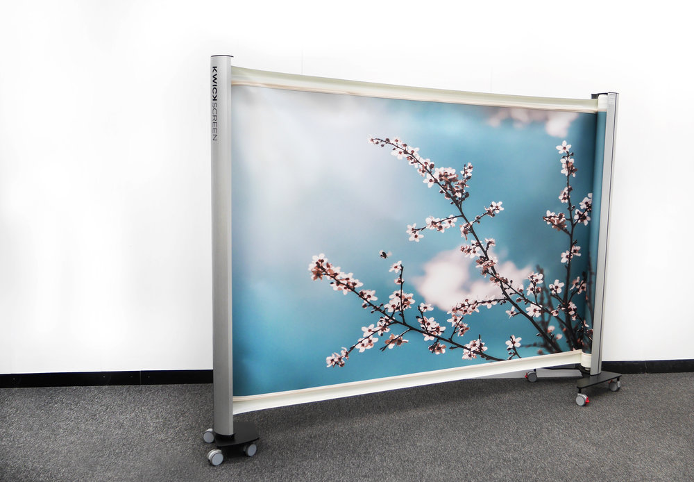 KwickScreen Pro KwickScreen AIR Portable Retractable Partition Screen