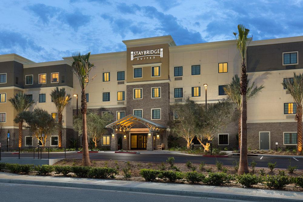 Corona, ca - Staybridge Suites
