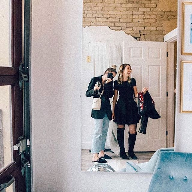 It's hard to believe we've been officially open for 6 months today🥂✨ A little #tbt of @stylethics + @girl_jordyn enjoying our bridal suite at our launch party #brightlightsbigdreams 🌿✨