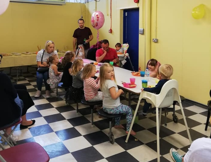 £8 PEr child - 2 hour hire of our party room & party foodMin 10, Max 16