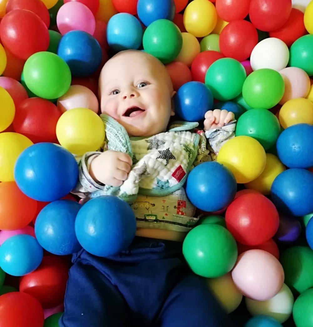 Soft Play - SlideTunnelBig BallsBall Pit