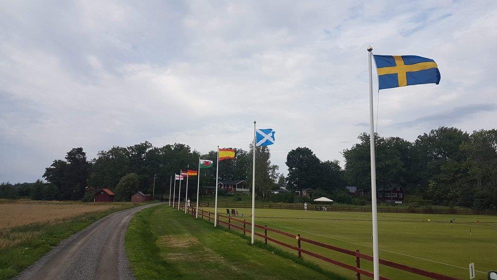 Idag påbörjas EM i Association Croquet på Stavstorp Croquet & Tennis Club utanför Eskilstuna. Sverige representeras av 6 spelare, varav två, Eje och Joi Elebo spelar från Carpe Croquetum