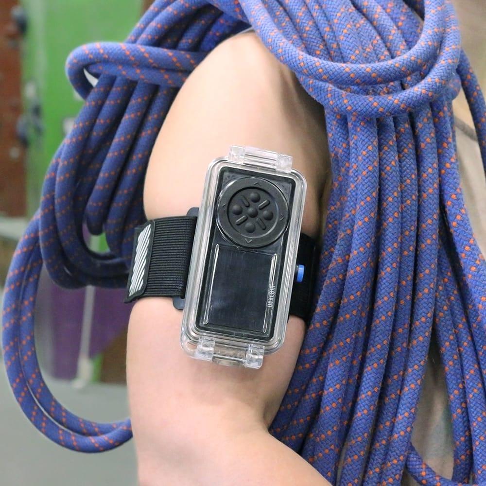 OGOcase Armband Lifestyle.JPG