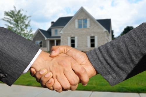 Rehab Partners - My knowledge in real estate developed through my experience as a licensed real estate agent and appraiser. I was also fortunate to partner with some very successful real estate developers and learned a lot about the rehab business.As someone who believes in education through experience, being able to take properties from asset valuation, the rehab process, managing contractors and vendors and marketing them for sale is why I'm the ideal partner for anyone looking to learn this business. If you have a deal you would like to partner with me, reach out so we can formulate a win win situation for all parties involved.