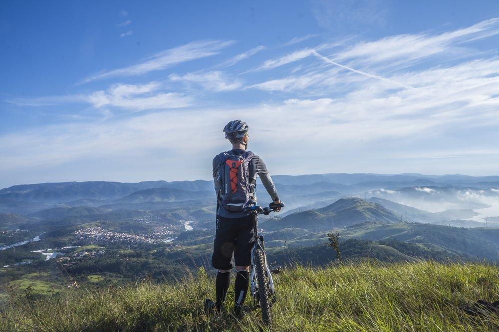 adventure-bicycle-bike-161172.jpg