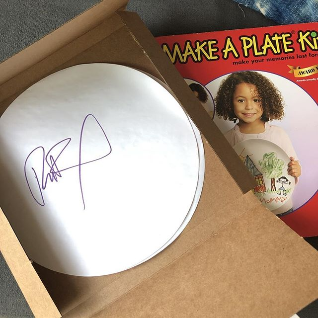 I'm not really one to ask for a photo with a client or celeb, but you do want to mark the moment sometimes, you know? For that past 15+ years I've been working on a Make-A-Plate series and I just added #RuPaul to my collection. 🤩 Others include Madonna, David Bowie, The Stooges, Dolly Parton, Joan Jett, Marilyn Manson (I ate a burrito off that one and was quickly scolded by @jenkellogg and have never eaten off one since), Jenna Jameson, John Doe from X and others.... this one is a real get. One day I'll dig them out of my garage and post them cause they're a true sight to behold. Now to ship off this precious piece of paper and patiently wait to have it sent back to me as a plate! Wish I'd thought of this that time I worked with Danzig and Don Rickles (different jobs🤣) back in the mid-90's.