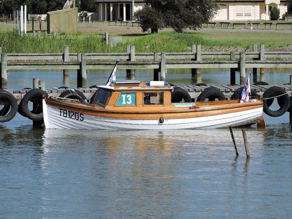 Boat x9.JPG