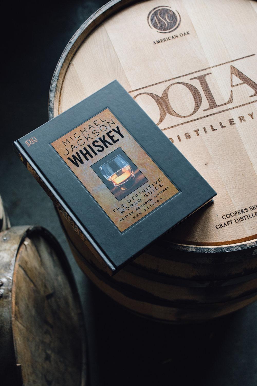 michael_jackson_whiskey_book.jpg