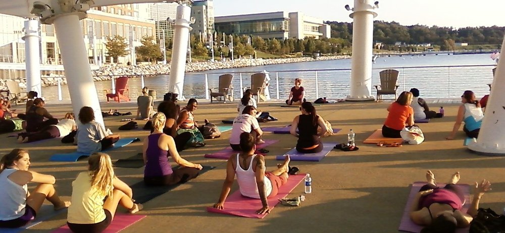 Yoga on the National Harbor