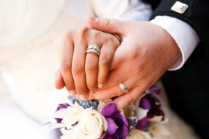 The tradition of wearing wedding and engagement rings on the left ring finger dates back to the 16th century