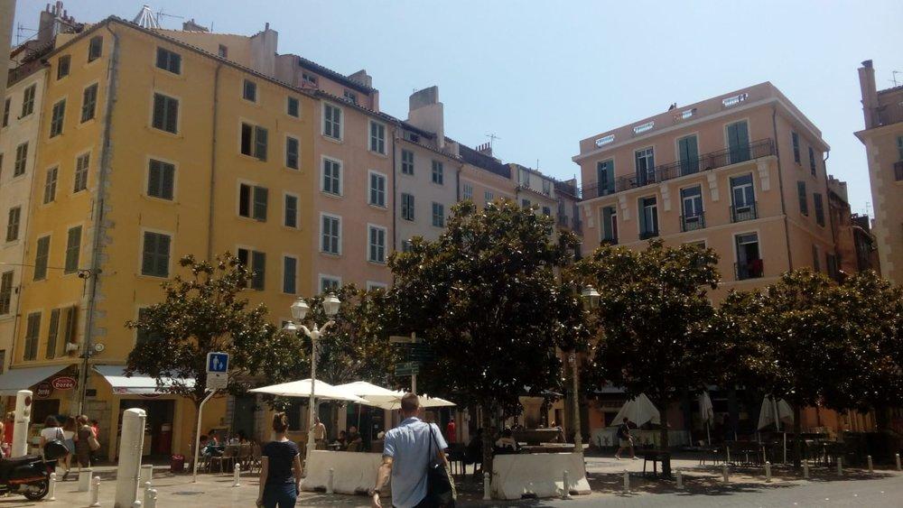 Après-midi tourisme dans les rues de Toulon
