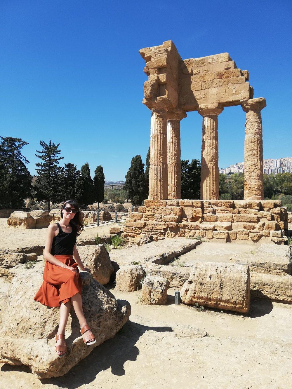 Face au temple de Déméter et Perséphone