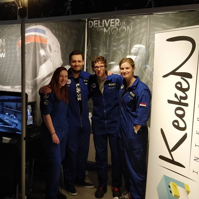 We are at #Firstlook2018! Showing @DeliverTheMoon at the Indie Gallery! Look for the blue space suits and have a talk with @KoenDeetman, @RashuraRemco #MerlinGD #Anna3D #indiedev #gamedev #space #moon #astronaut #launch #rocket #dutm