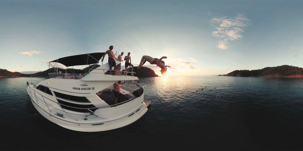 citizen360_hp_boatjump.jpg