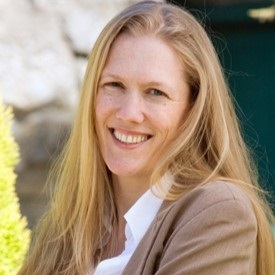AMT CEO - FIona Lowrie