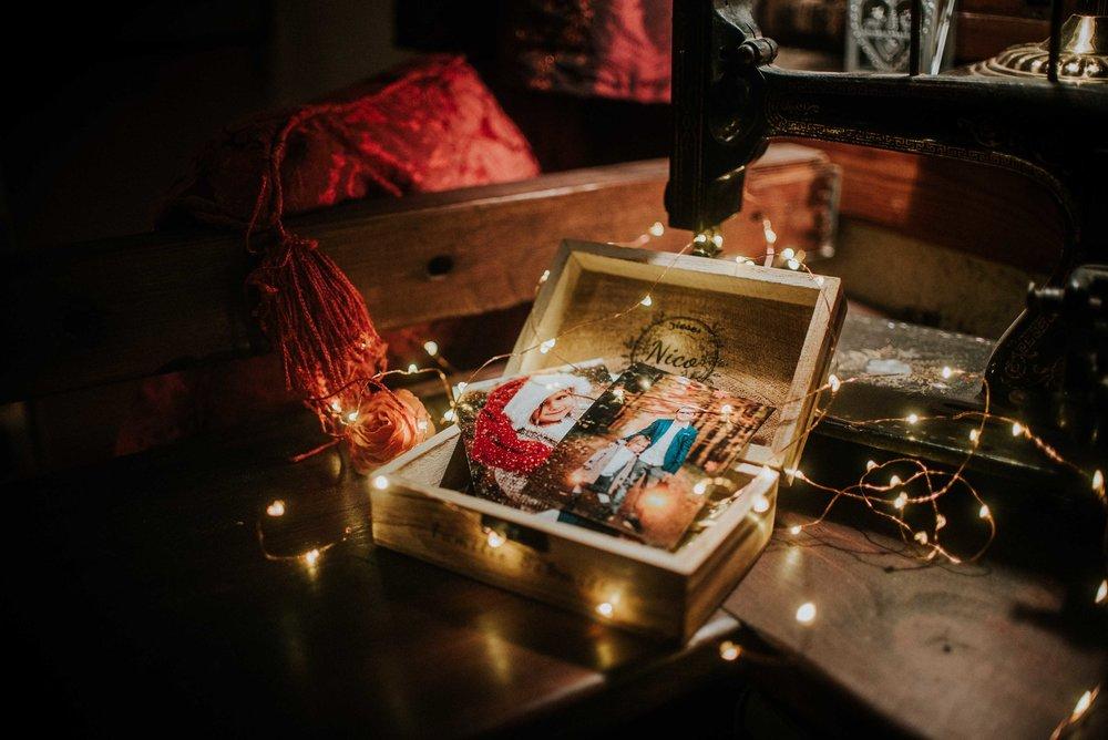 Das ideale Weihnachtsgeschenk - Jetzt individuelle Fotokiste sichern!