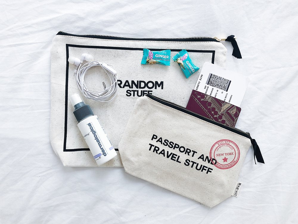 - We all have our personal essentials that we want to have next to us while we are seated on the airplane. To have a larger case with a zipper in your purse or briefcase is going to make it so much easier for you. Prepare this before you go and you can easily take it out while you are seated.
