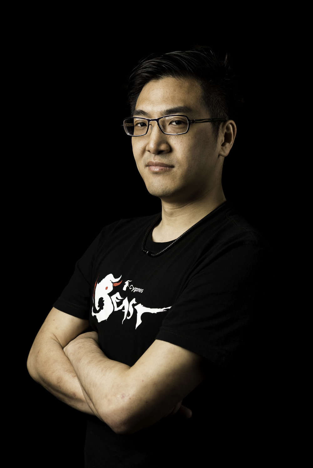 "GamerBee - Bruce ""GamerBee"" Hsiang first made a name for himself by infiltrating the EVO 2010 at 5thplace in Street Fighter IV, and he has since become a mainstay of the global pro scene. In 2012 and 2015, he finished at the 2ndat EVO, and he made his name and popularity unshakable.In his native Taiwan, his achievements and his wholesome personality have made him a national star and central figurehead within the community. His popular Twitch channelis a showcase of the growing Taiwanese FGC and Taiwanese lifestyle, and he continues to grow his fanbase through his streaming as well.Twitter @GamerBeeTWFacebook @GamerBeeTWInstagram @GamerBeeTwitch @GamerBee"