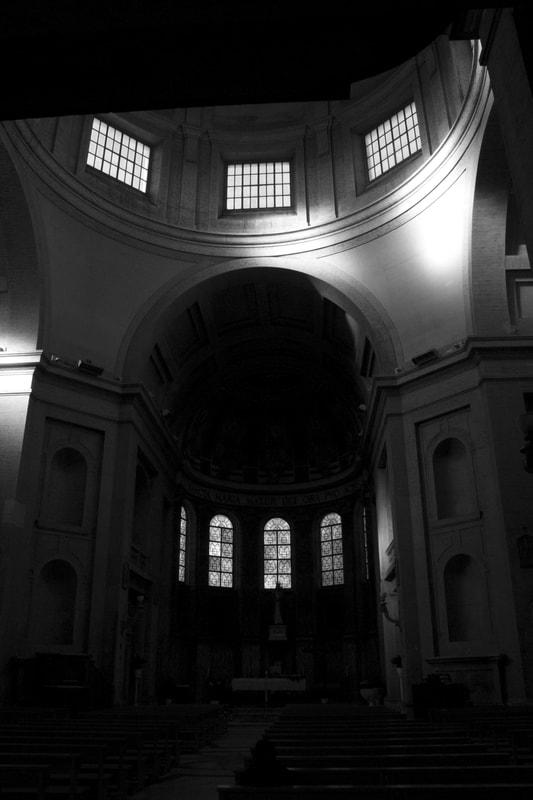 Italy, Rome, dome Canon 15 - 55 mm 1:60 ISO Auto.jpg