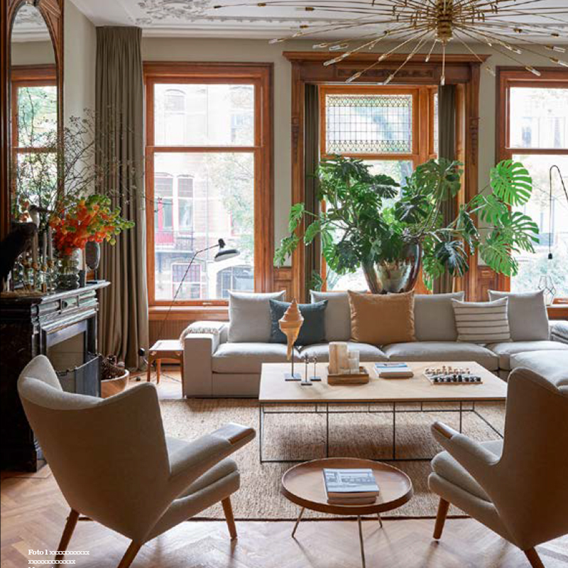 - AMSTERDAM ART HOUSE