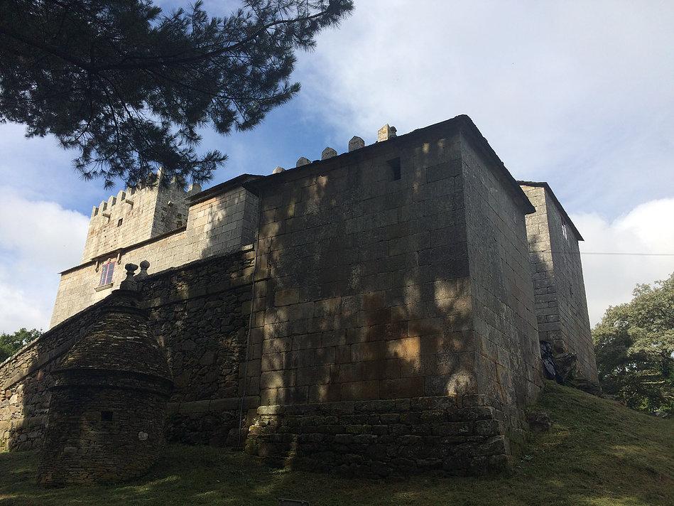 Fortaleza San Paio de Narla.jpg