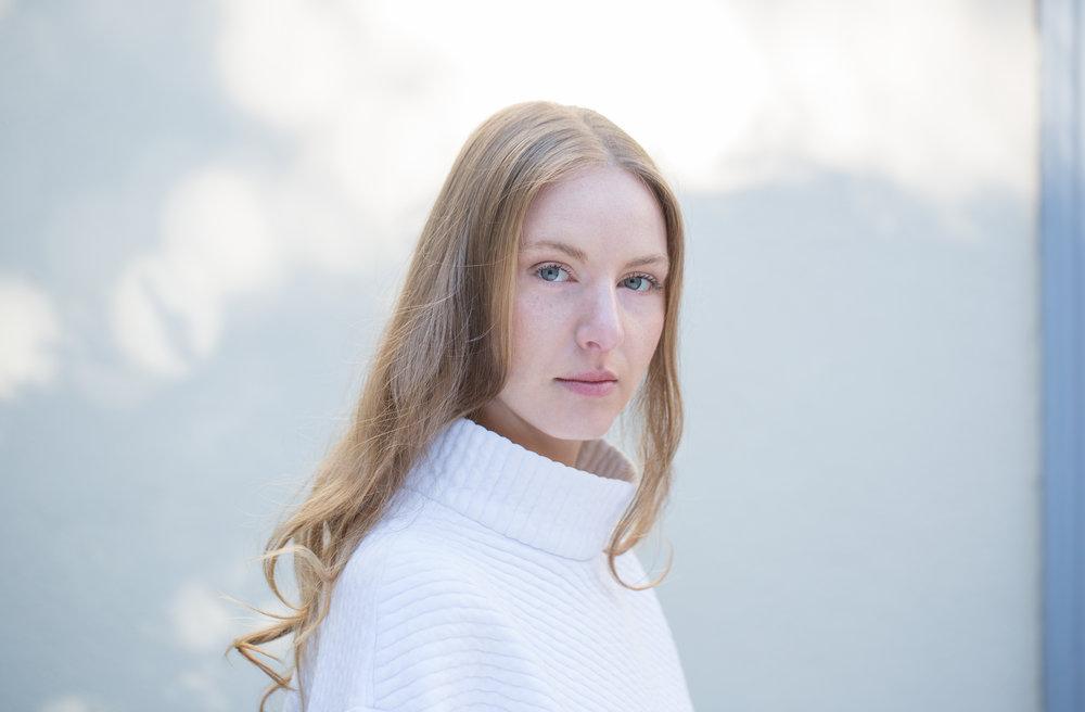 Make-up & Hair : Valentina Becker | Photo : Sarah Reuland (Zurich)
