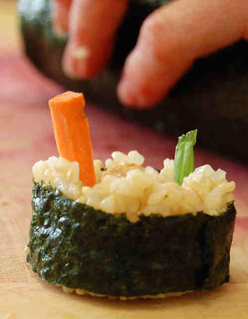 rolling-sushi-9.jpg