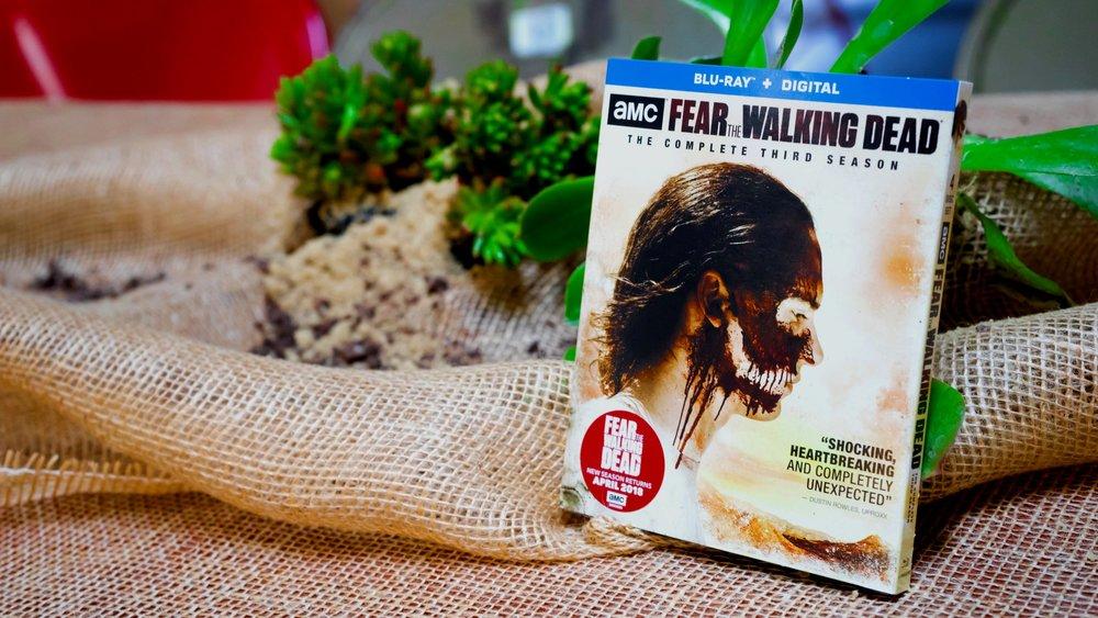 """AMC'S """"FEAR THE WALKING DEAD"""" -"""