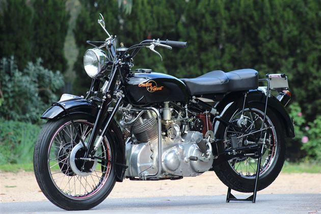 This Brockhouse-era Indian-Vincent looks to be a pretty much straight-up Vincent with a U.S. style handlebar, but they also at least flirted with the idea of fitting a Vincent motor in a Chief frame – something a few custom builders tried on their own, later on.