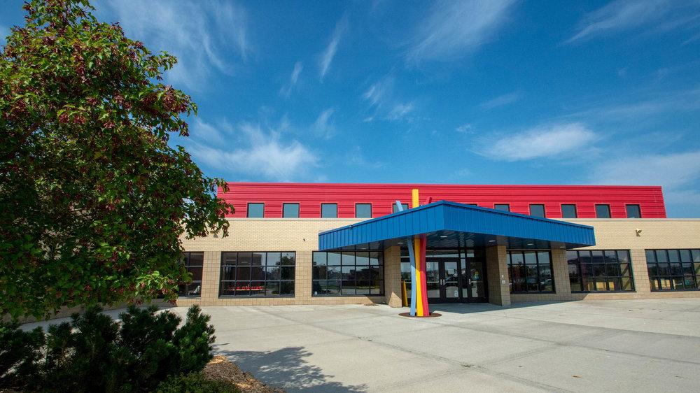 Aurora Elementary School 0 2500.jpg
