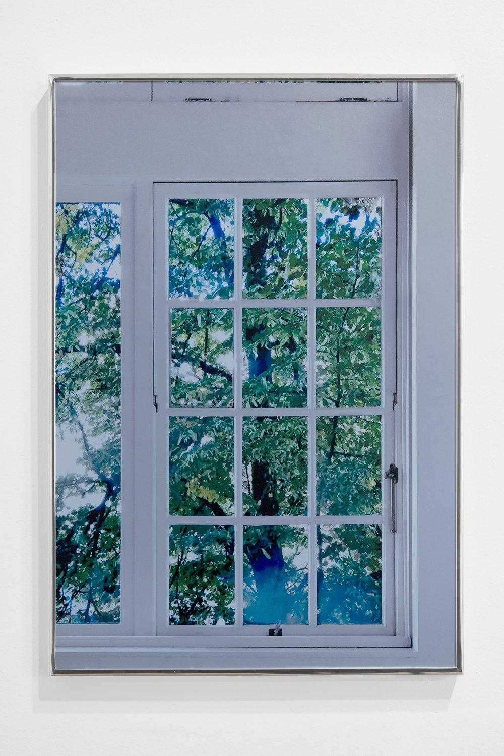 Carlin Brown_UNTITLED_(FAMILIAR_WINDOW).jpg