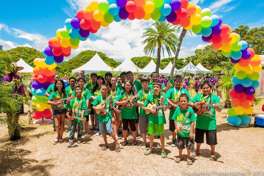 Balloon Arch.Courtesy Ukulele Festival Hawaii.jpg