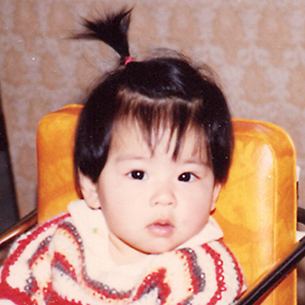 Minako Awakuni   粟国 美奈子  PR & Marketing Associate