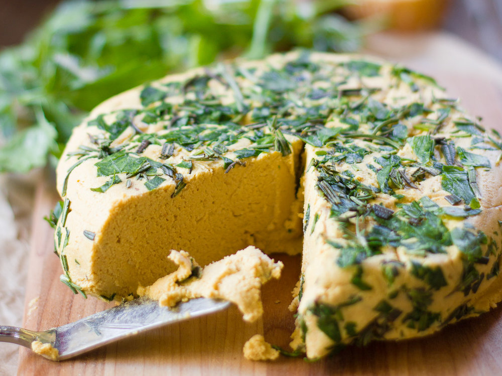 herbed-smoky-vegan-cheddar-fb.jpg