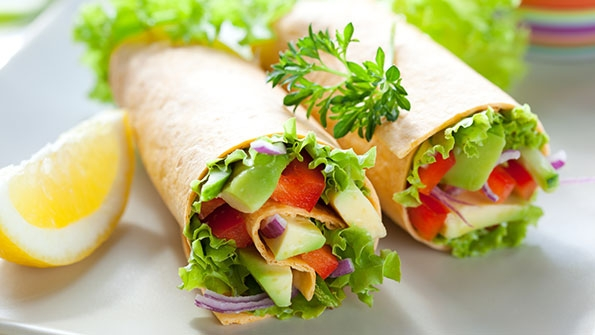 vegan-avocado-wraps-fNiVmrmA647.jpg