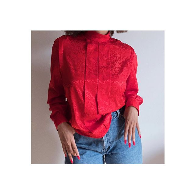 Roses are red.  Violets are blue.  We have another discount for you!  2 Day Sale! Get 20% off all items. Starting today!  Happy Valentine's Day Darling's!  Checkout @mahogany.amour in our True Red blouse. DM me for prices and size or email us at hi@darlinglouise.com #vintageclothing #blouse #fashion #blackgirlmagic #80s  #vintageclothing #vintagefashion  #fashion #shoponline #style  #models #happyvalentinesday #love #darlinglouise #darlings