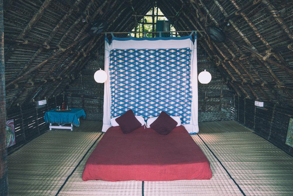 wood cabin x.jpg