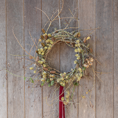SATURDAY 1st DECEMBER - • WILD WREATHS •Bringing the outside in to welcome the festive season with Brigitte Girling of Moss & Stone10.00am – 2pmJoin us in our cosy barn to spend the morning curating a beautiful, rustic wreath with a focus on dried materials to cherish for years to come. You will leave the proud owner of something simply unique.Enjoy a number of generous Christmas canapés whilst sipping on mulled wine or something sparkling!All materials provided + tea, coffee & soft drinks£110SOLD OUT