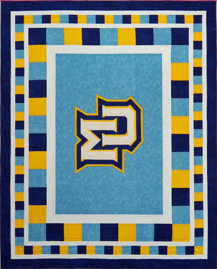 custom Marquette quilt by Whimzie Quiltz and More