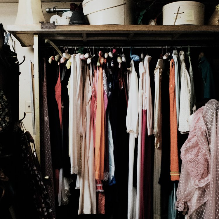 Closet on the Go: Stylebook App Review — The Laurie Loo