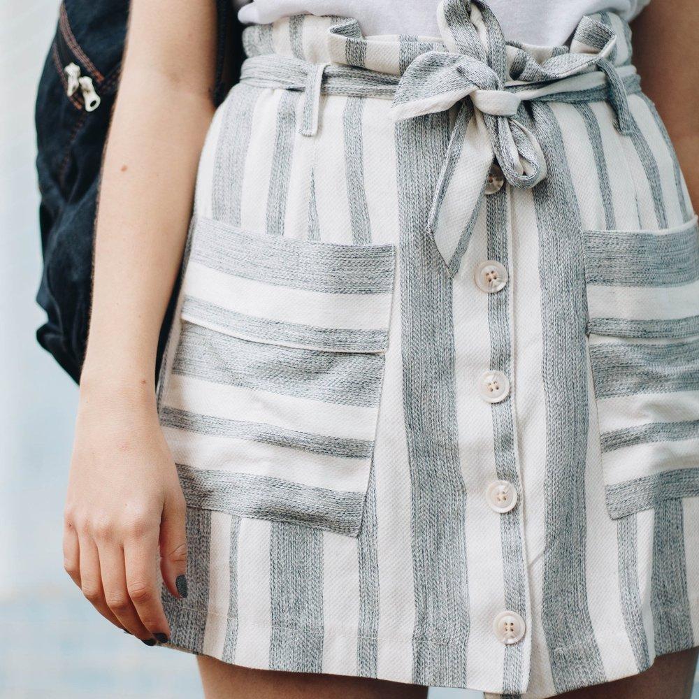 french-girl-wearing-skirt